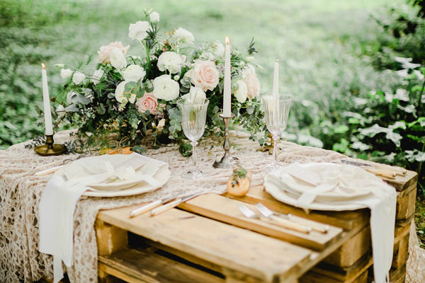 Matrimonio Bohemien Queen : Un matrimonio da sogno in giardino wedding wonderland