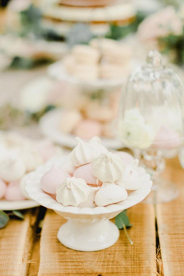 meringhe bianche e rosa
