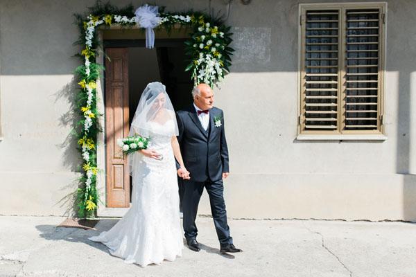 decorazione casa della sposa in giallo e verde
