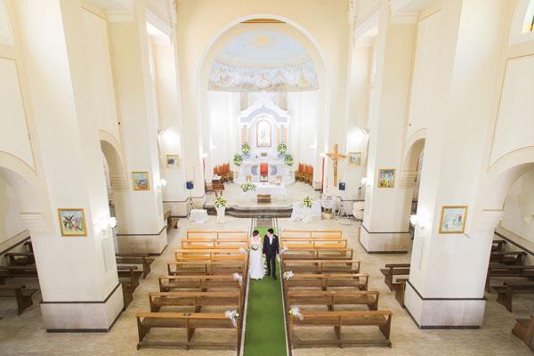 allestimento chiesa country chic in giallo e verde