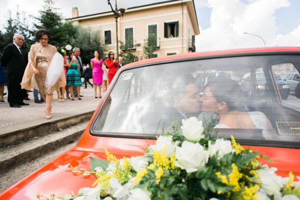decorazioni auto sposa in giallo e verde