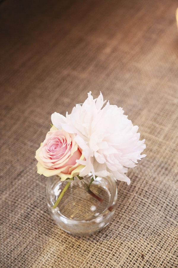 composizione con dalia e rosa
