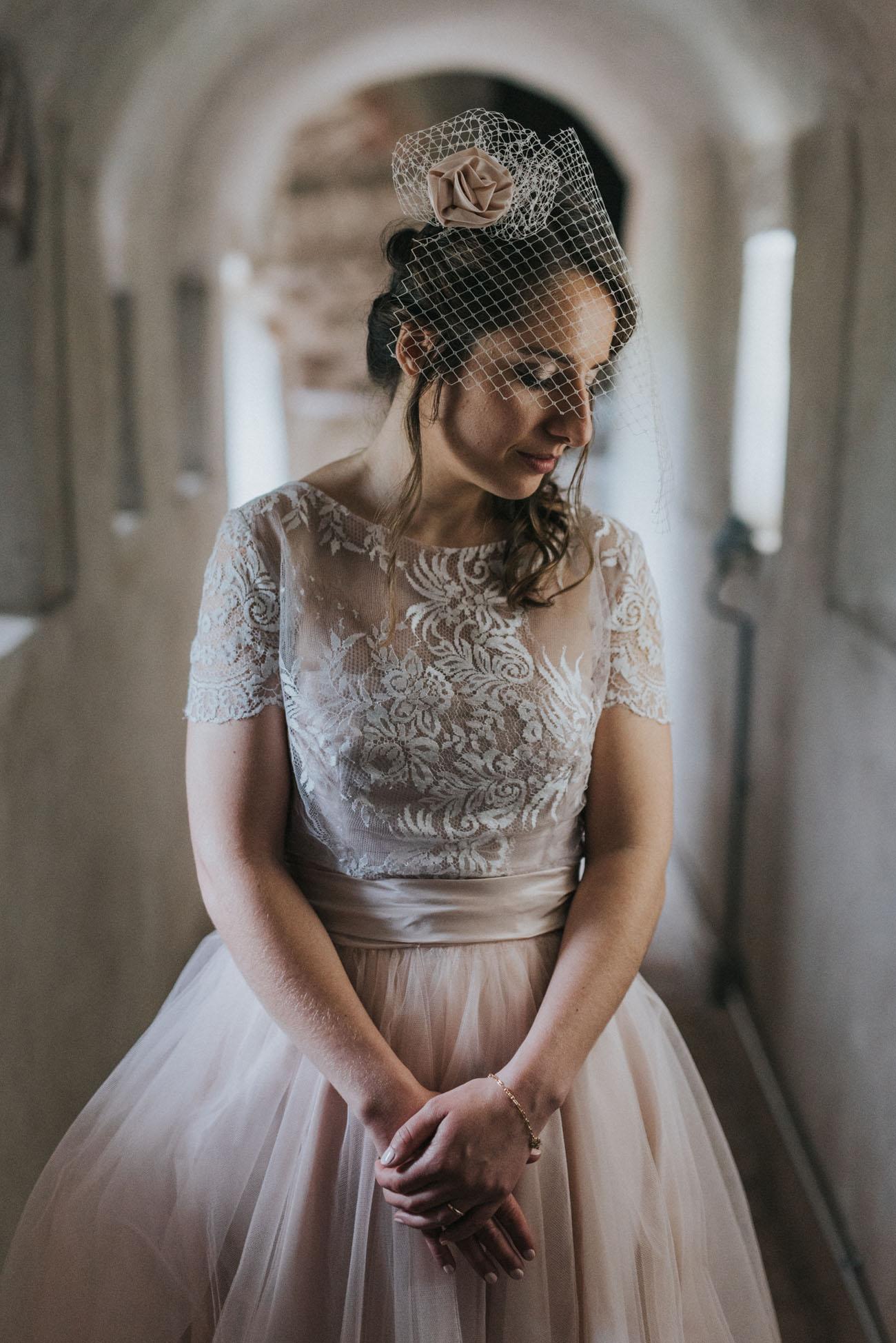 abito da sposa cymbeline rosa cipria e veletta