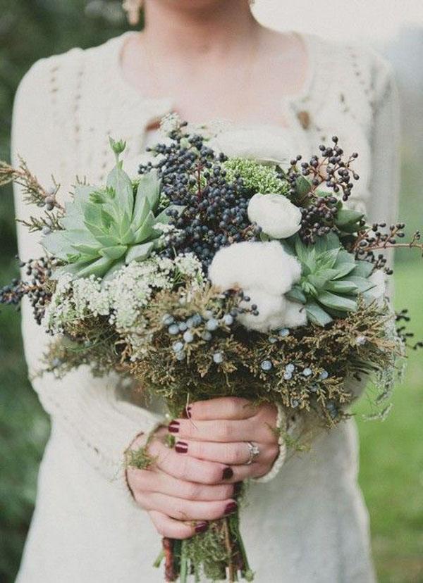 bouquet con succulente e foliage