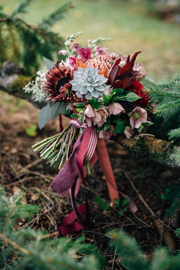bouquet matrimonio nel bosco