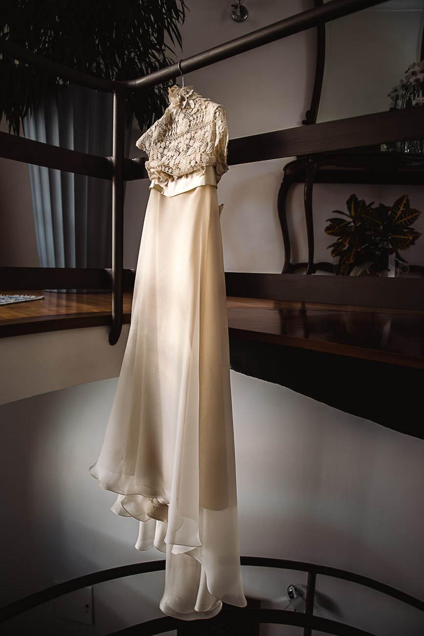 abito da sposa di elisabetta delogu