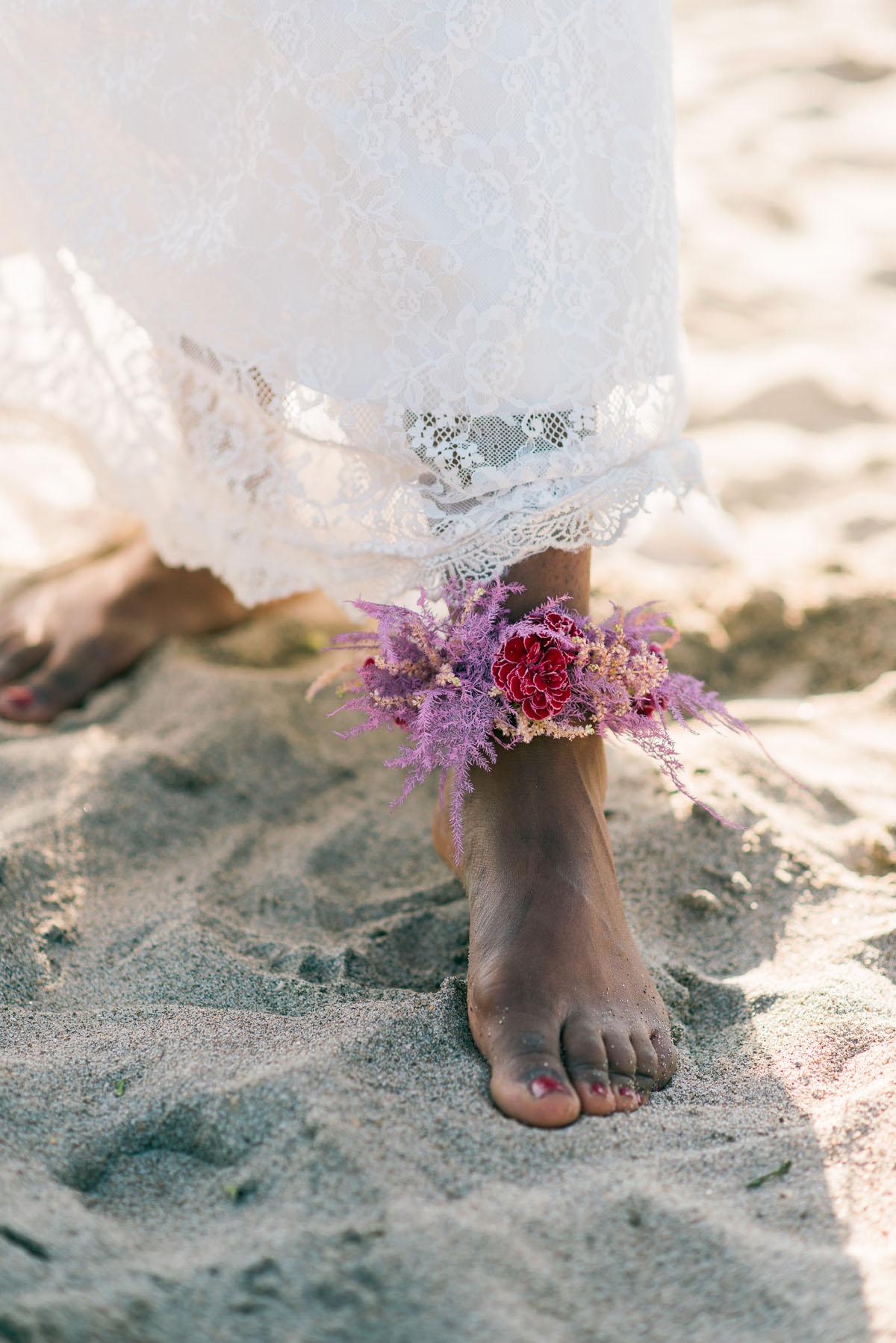 cavigliera floreale per la sposa boho chic