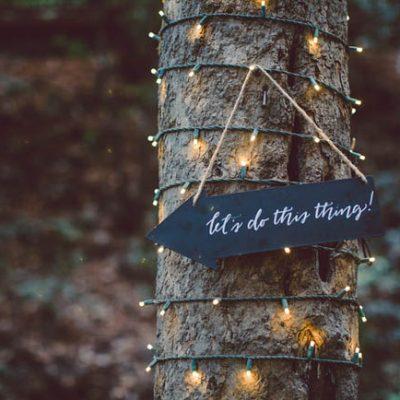 Un romantico matrimonio nel bosco