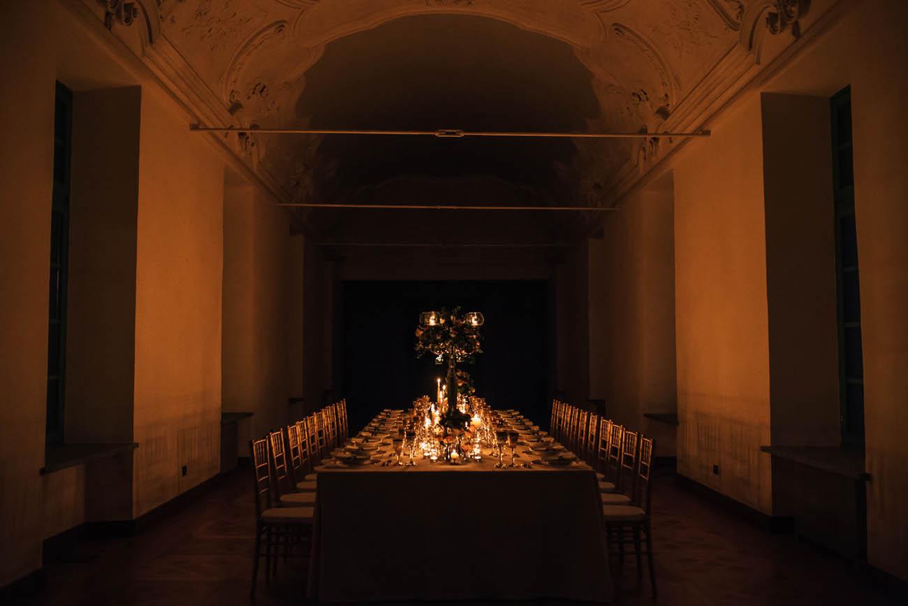 tavolo imperiale con candele