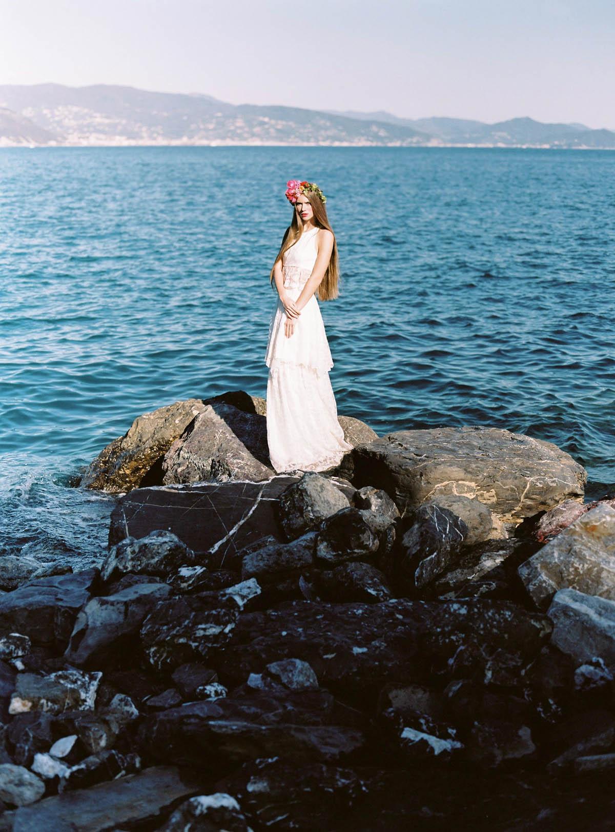 abito da sposa in pizzo boho chic