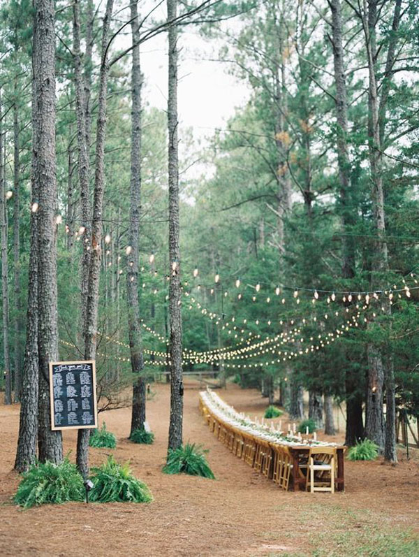 tavola matrimonio nel bosco