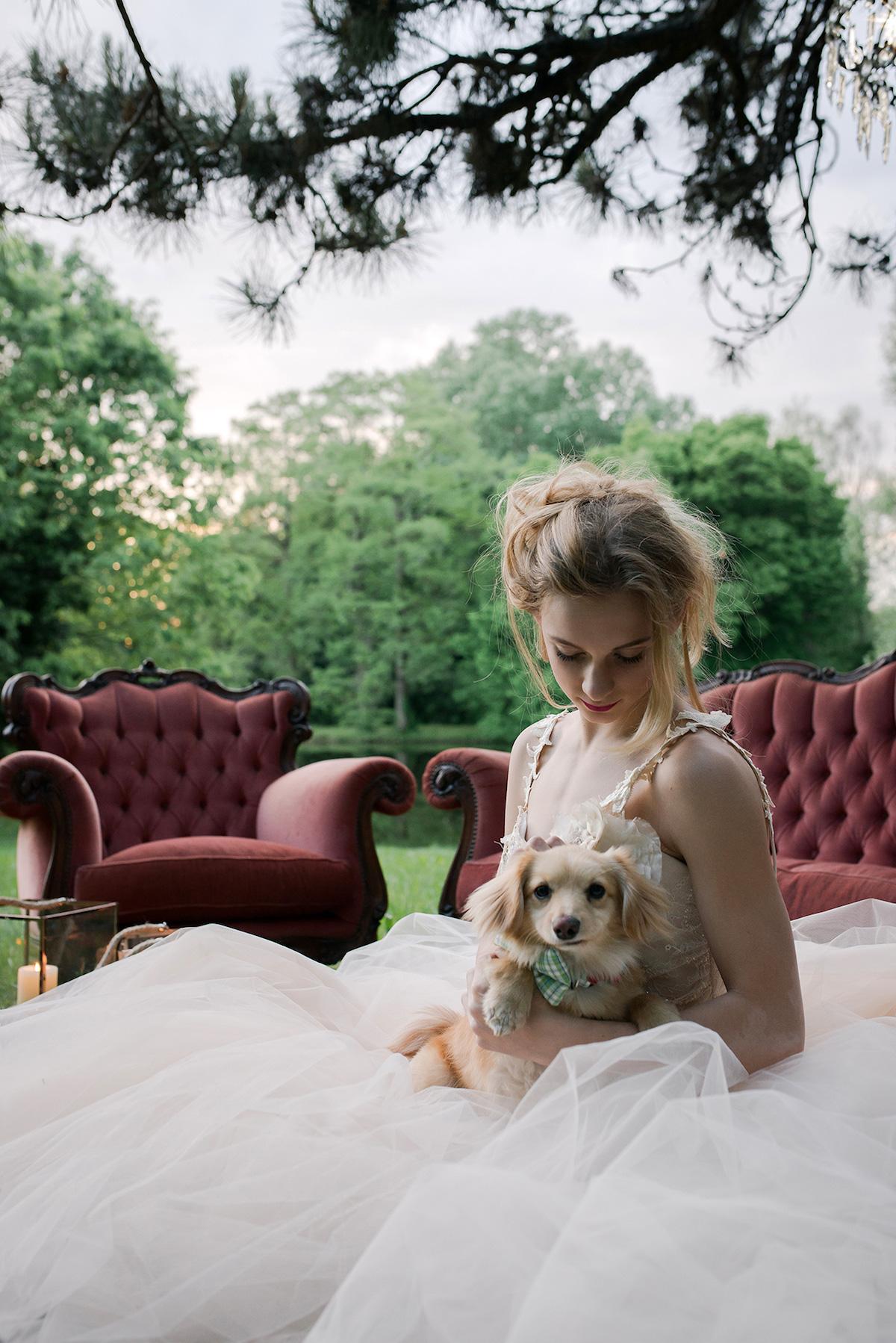 sposa con cagnolino