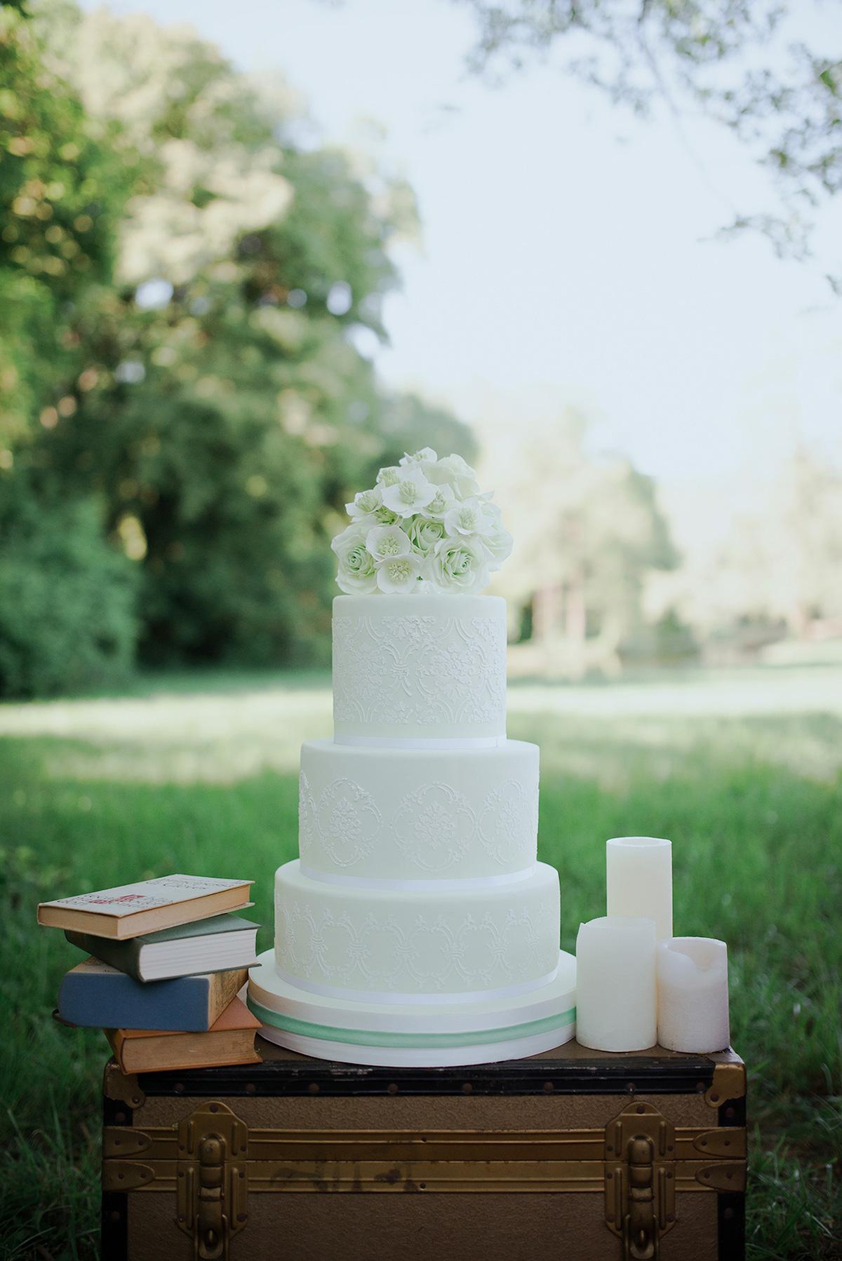 wedding cake bianca e verde