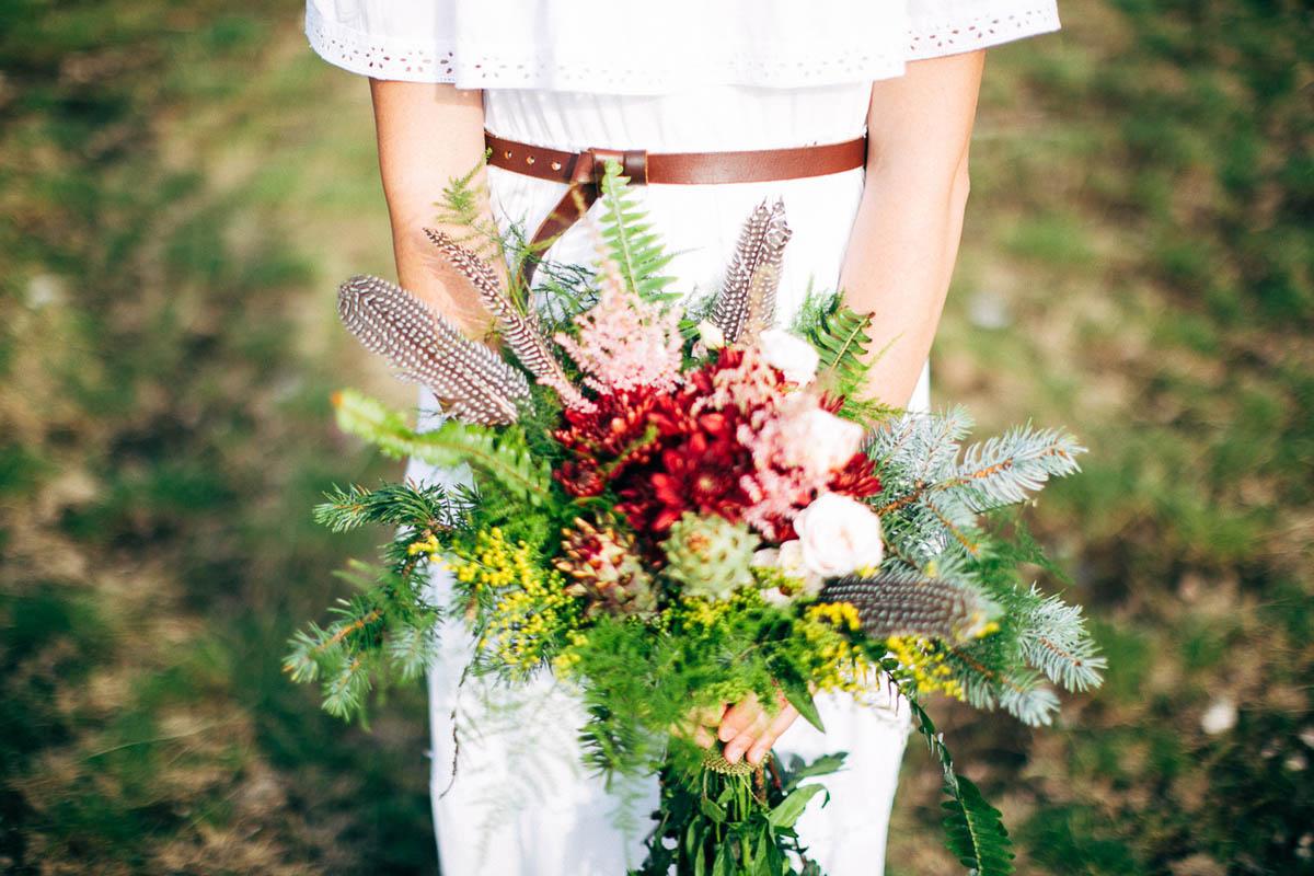 bouquet boho chic con piume