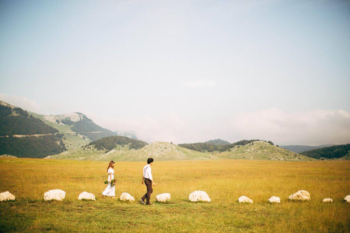 Matrimonio In Montagna : Un matrimonio tra boho chic e vintage in montagna