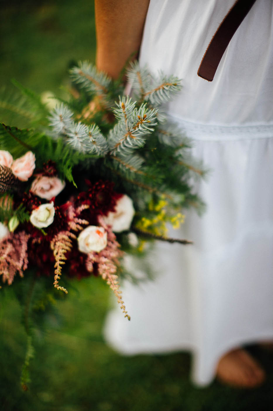 bouquet boho chic per matrimonio in montagna