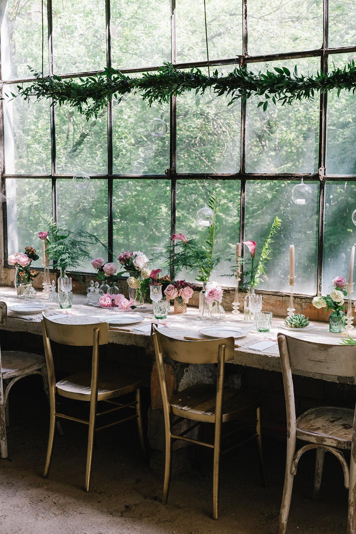tavola matrimonio in serra