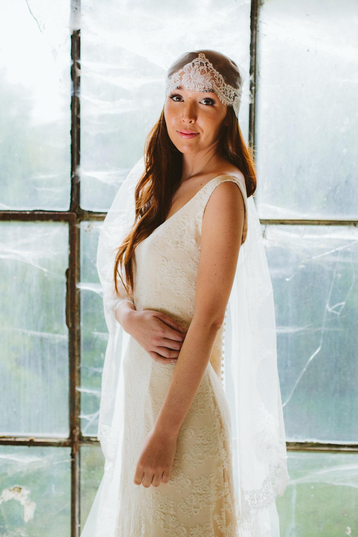 abito da sposa con velo anni 20