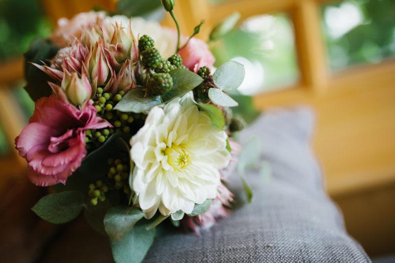 bouquet con dalie e more