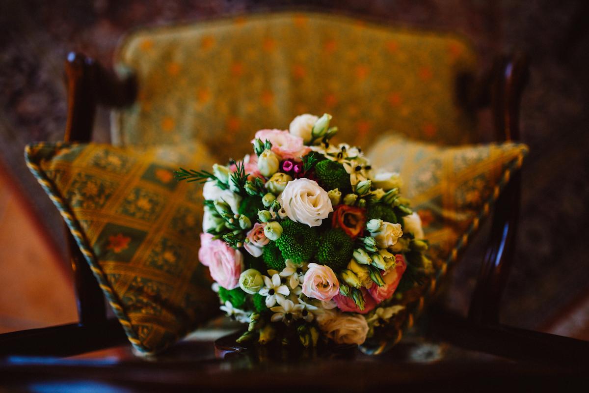 bouquet rosa, bianco e verde