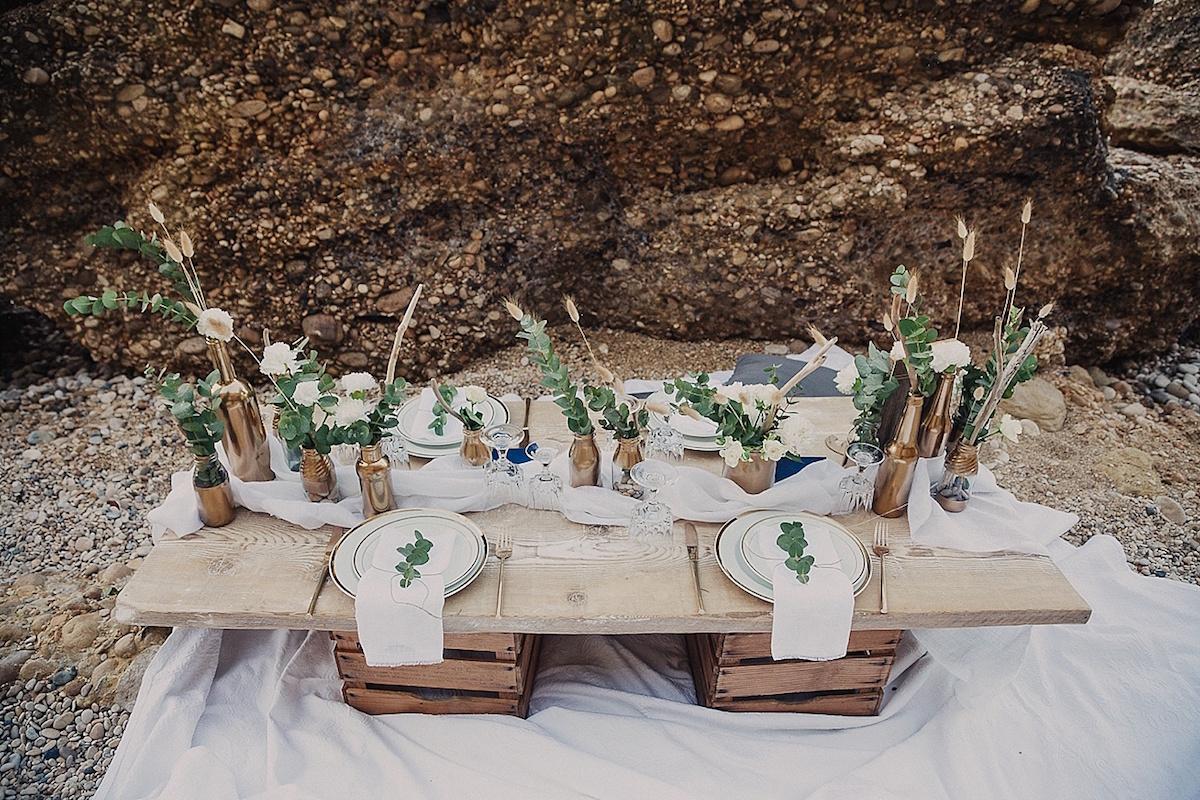 tavola matrimonio organico sul mare