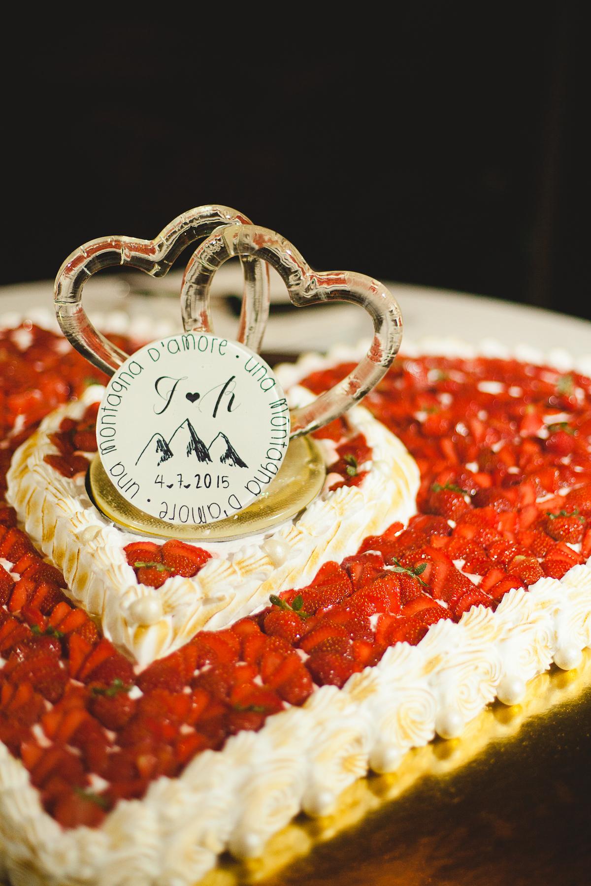 cake topper ispirato alla montagna
