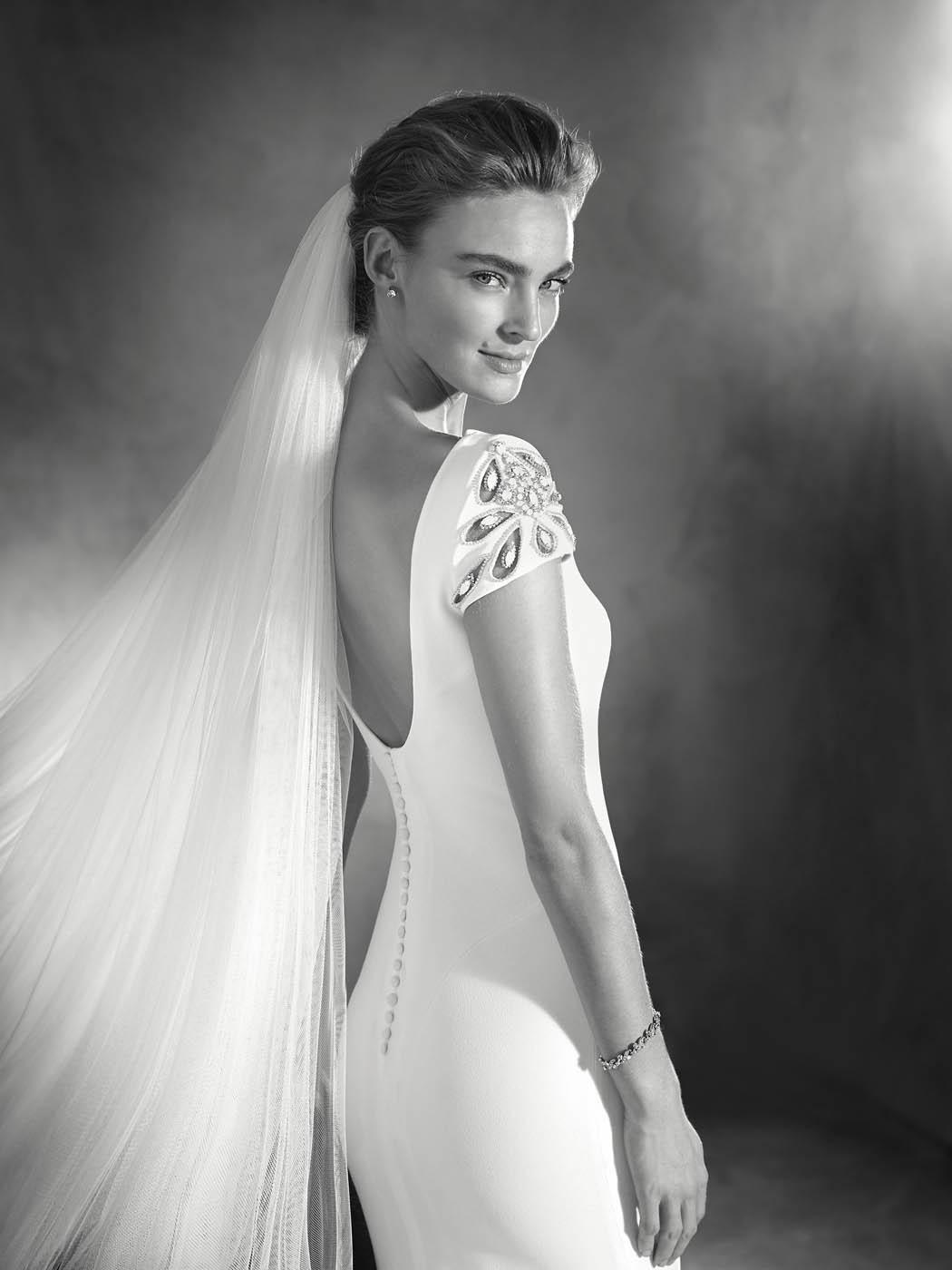 pronovias sposa 2017 - modello ELIA