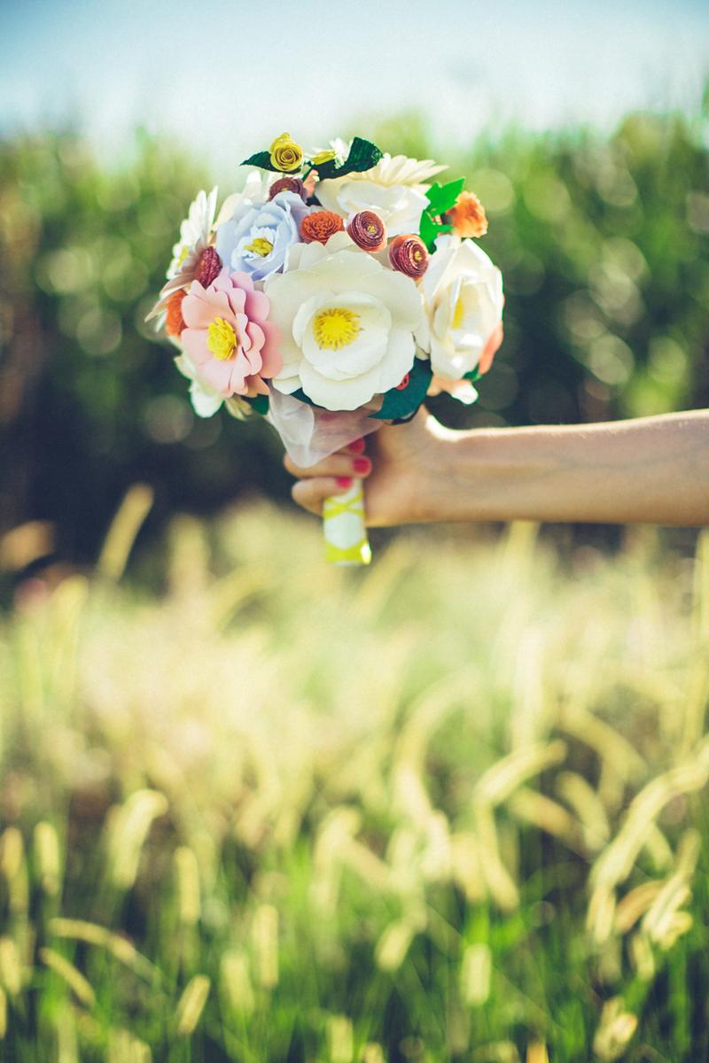 UNUSUAL BOUQUET sposa ALTERNATIVI ORIGINALI FATTI A MANO. BOTTONI, STOFFA, CARTA, PLASTICA ed ALTRI materiali. PERSONALIZZABILI per il tuo matrimonio.