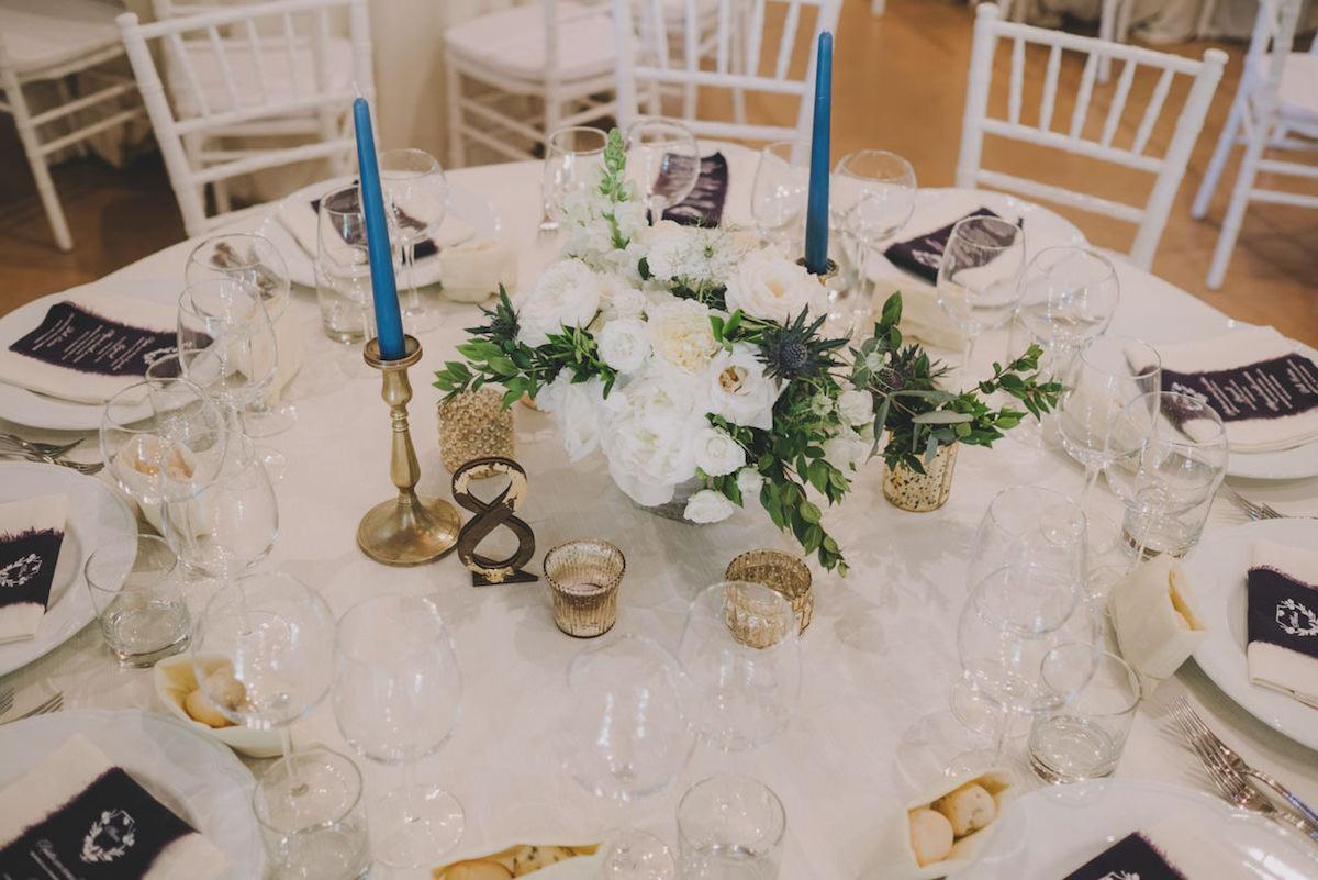 tavola matrimonio oro e blu