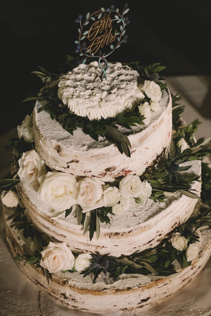 torta matrimonio botanico con cake topper laser cut