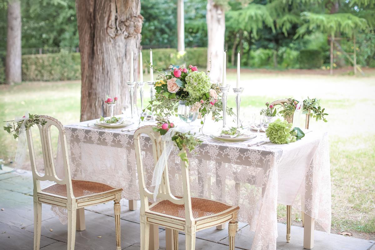 tavola matrimonio romantico