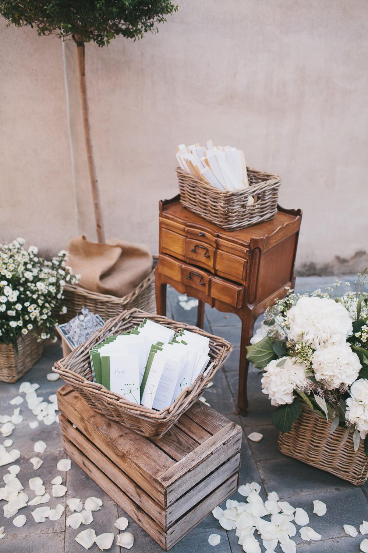 allestimento cerimonia matrimonio rustico