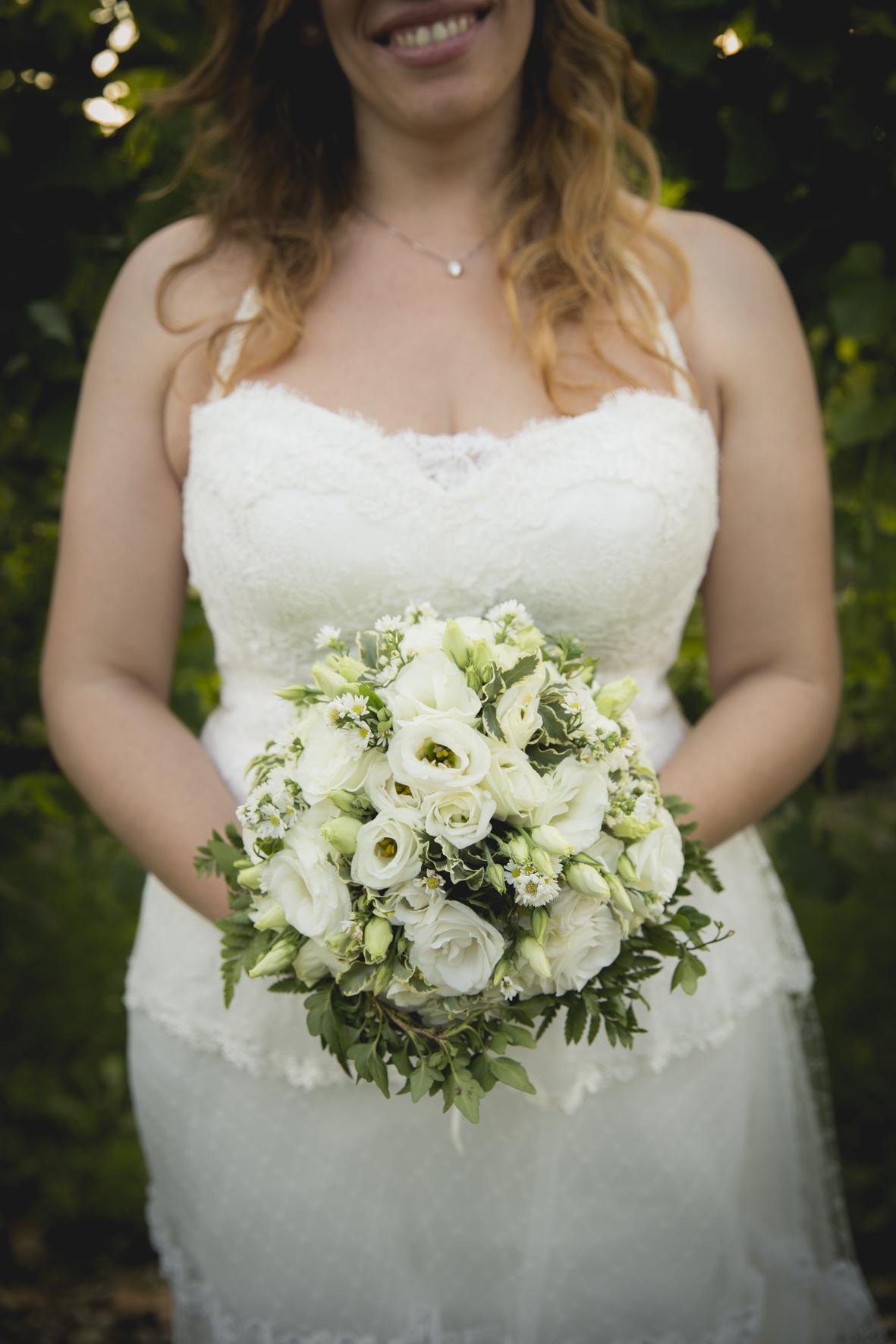bouquet con lisianthus e foliage