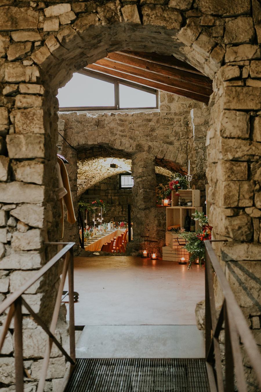 allestimento rustico per matrimonio in castello