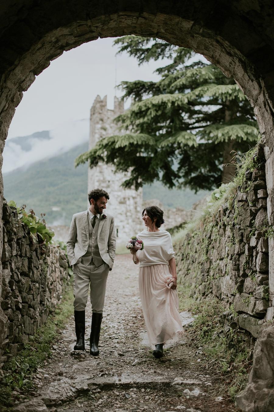 Tema Matrimonio In Un Castello : Un matrimonio vegano al castello di breno wedding wonderland