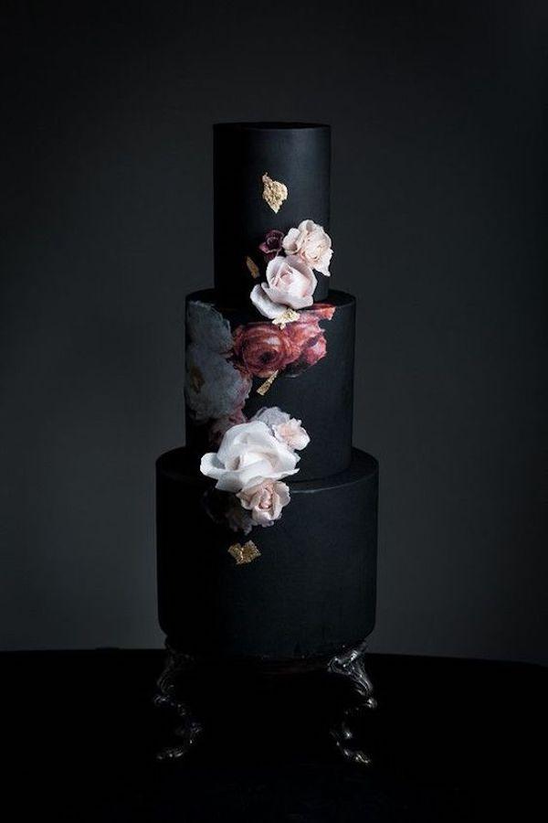 wedding cake nera floreale