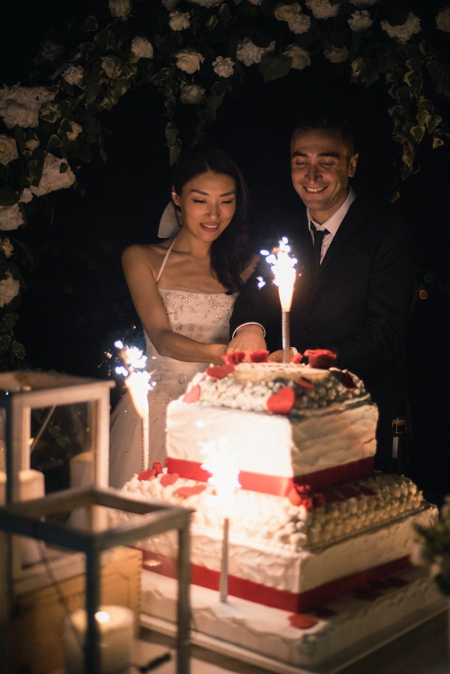 Matrimonio Simbolico Santorini : Un rito simbolico per matrimonio bilingue wedding
