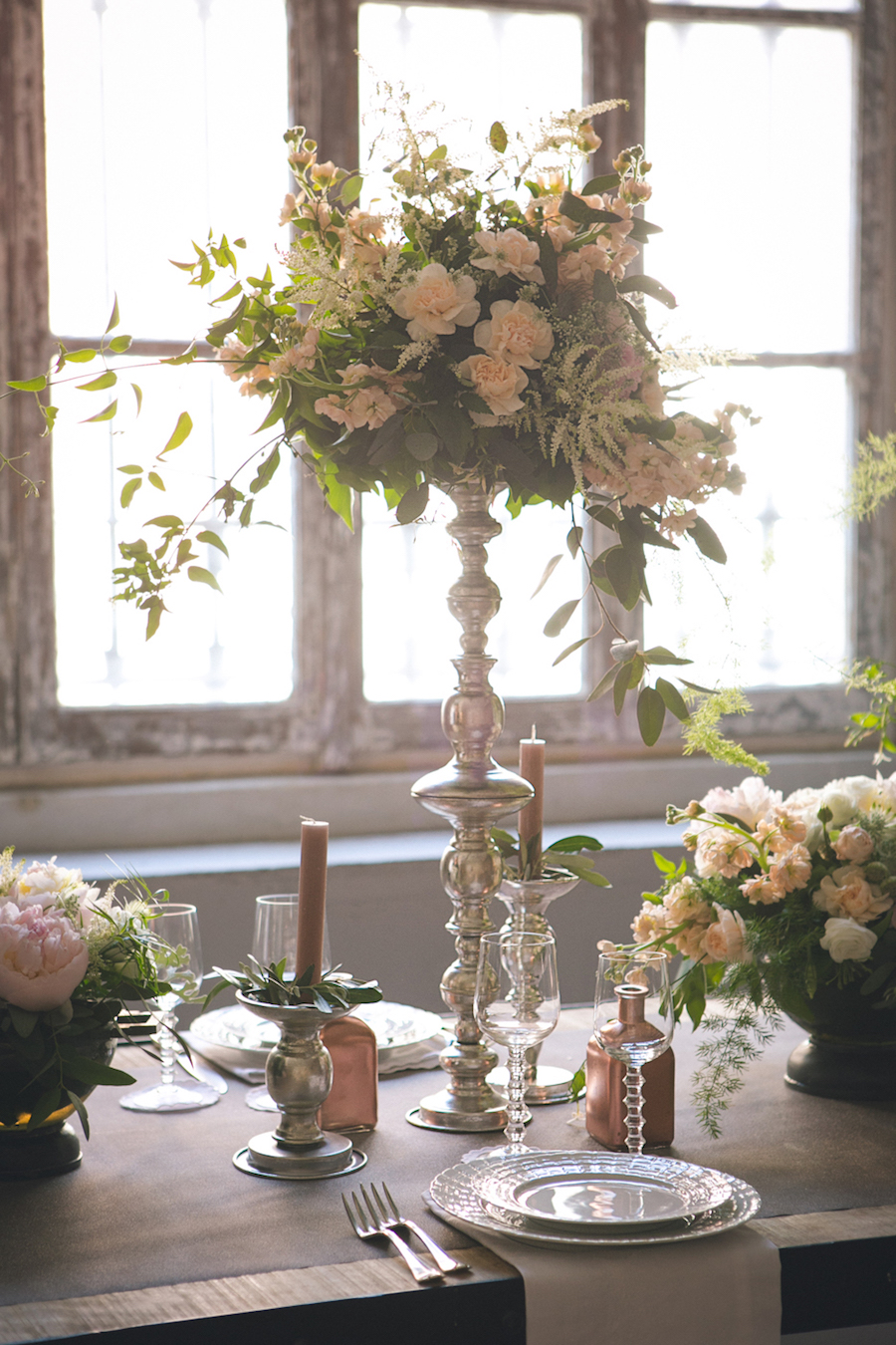 tavola matrimonio industriale e romantico