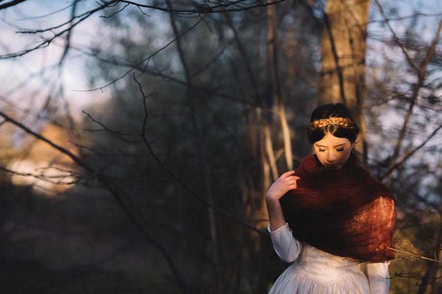 sposa invernale con treccia