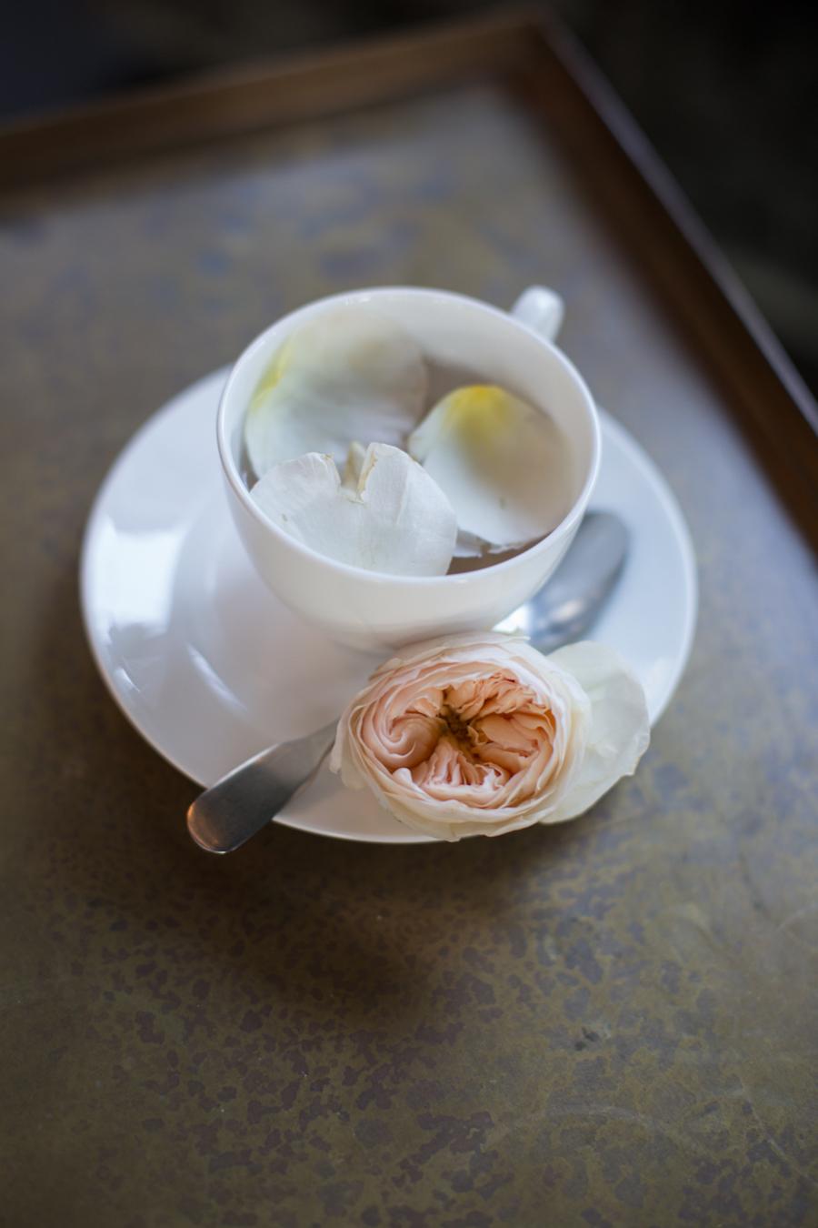 tè con petali