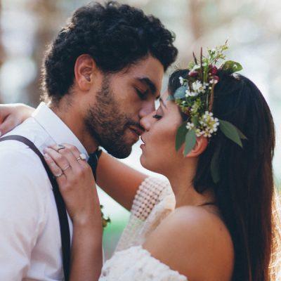 Un matrimonio boho chic nel bosco
