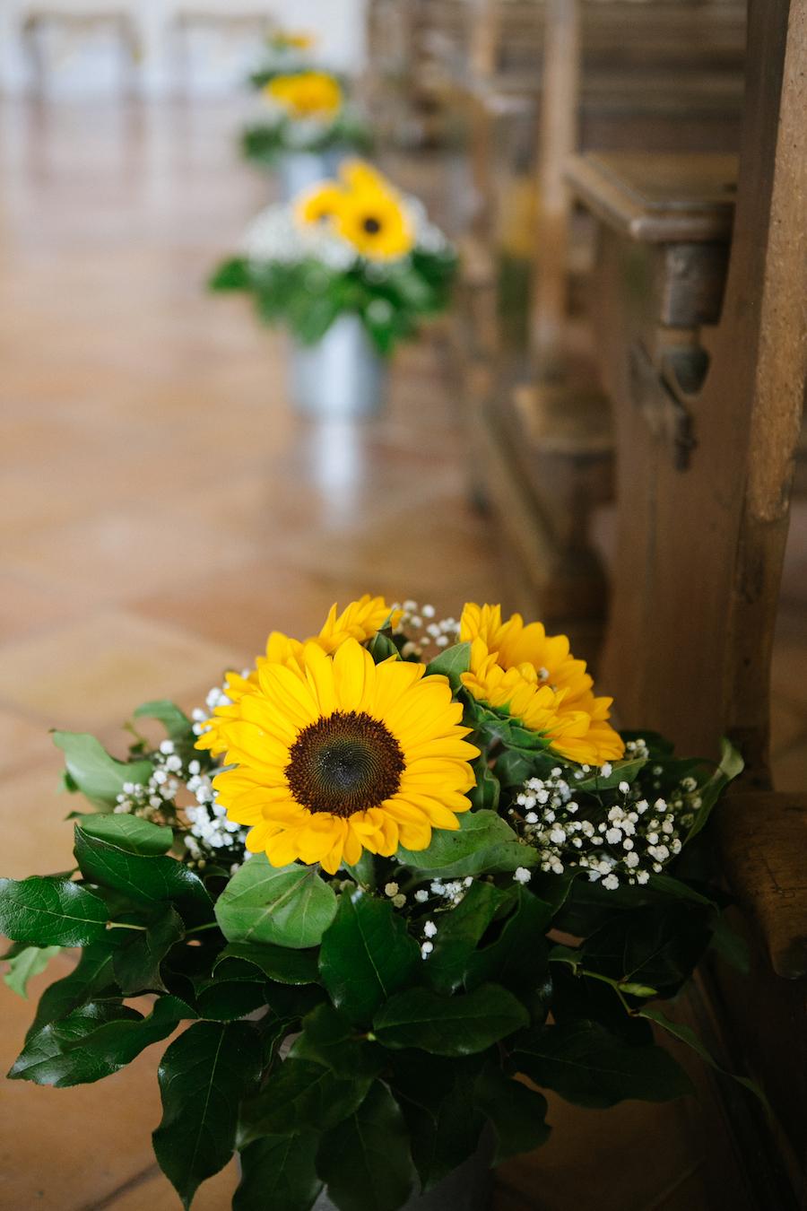 Matrimonio Country Girasole : Un matrimonio giallo girasole e una festa sulla spiaggia