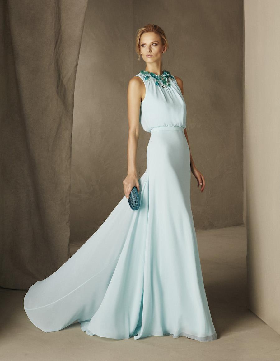 9a511368f792 Se siete in cerca dei vestiti perfetti per le vostre damigelle o  dell outfit per un occasione speciale