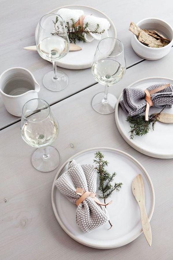 tavola di natale scandinava