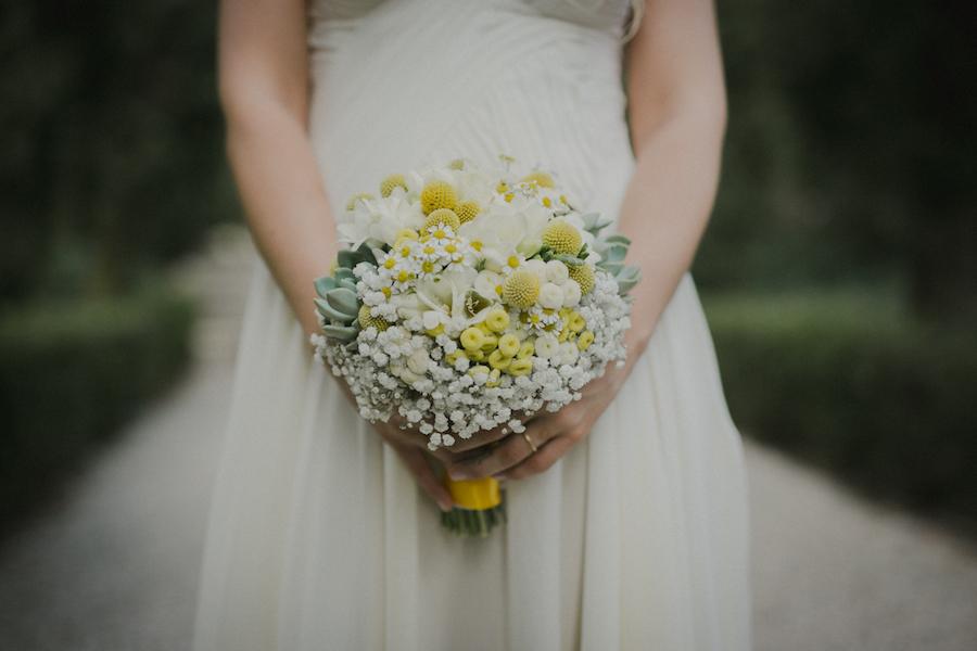 bouquet giallo, bianco e verde