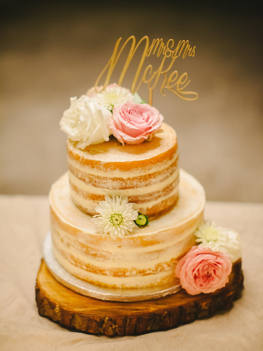 naked cake con rose