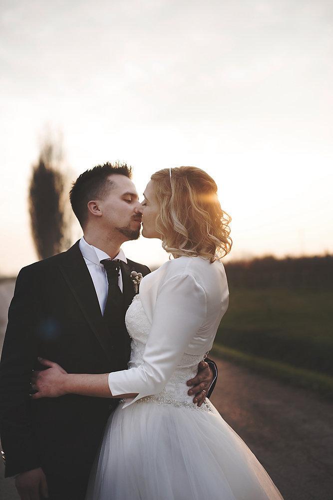 Matrimonio Rustico Treviso : Un matrimonio rustico invernale wedding wonderland