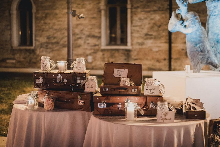 Matrimonio Tema Viaggio Idee : Un matrimonio ispirato ai viaggi a venezia wedding