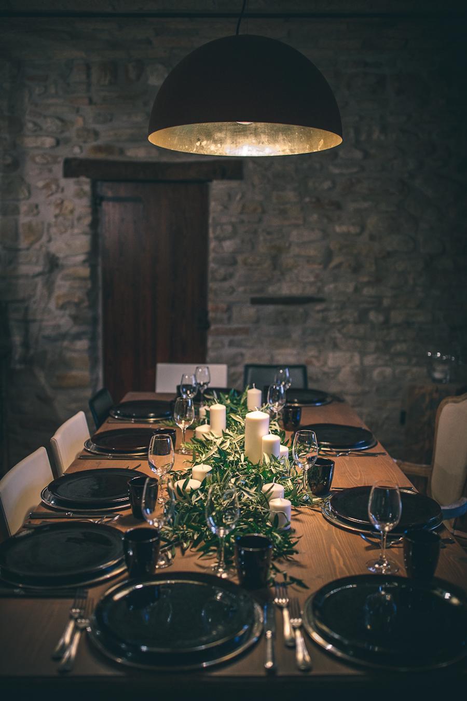 Matrimonio Rustico Toscana : Un matrimonio rustico tra rami di ulivo e bouquet fai da