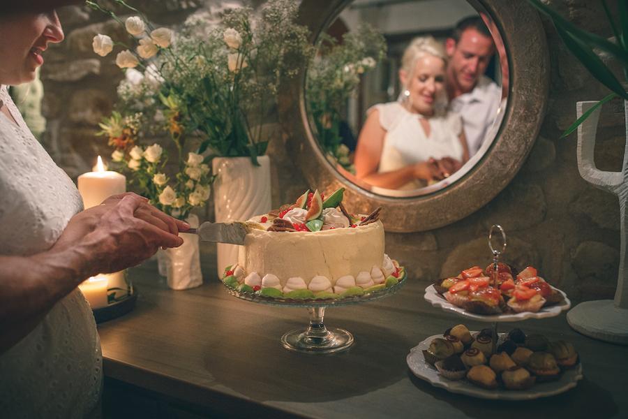 Matrimonio Rustico Marche : Un matrimonio rustico tra rami di ulivo e bouquet fai da